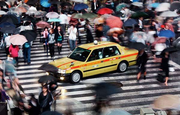 vol-taxi-tokyo-police-mort