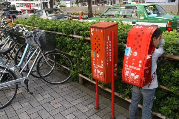 Japanese-Fire-Extinguisher-Disguises-4