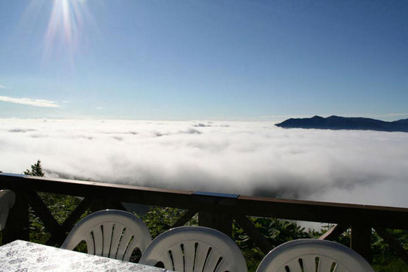 unkai-terrace-a-magical-place-above-the-clouds-12