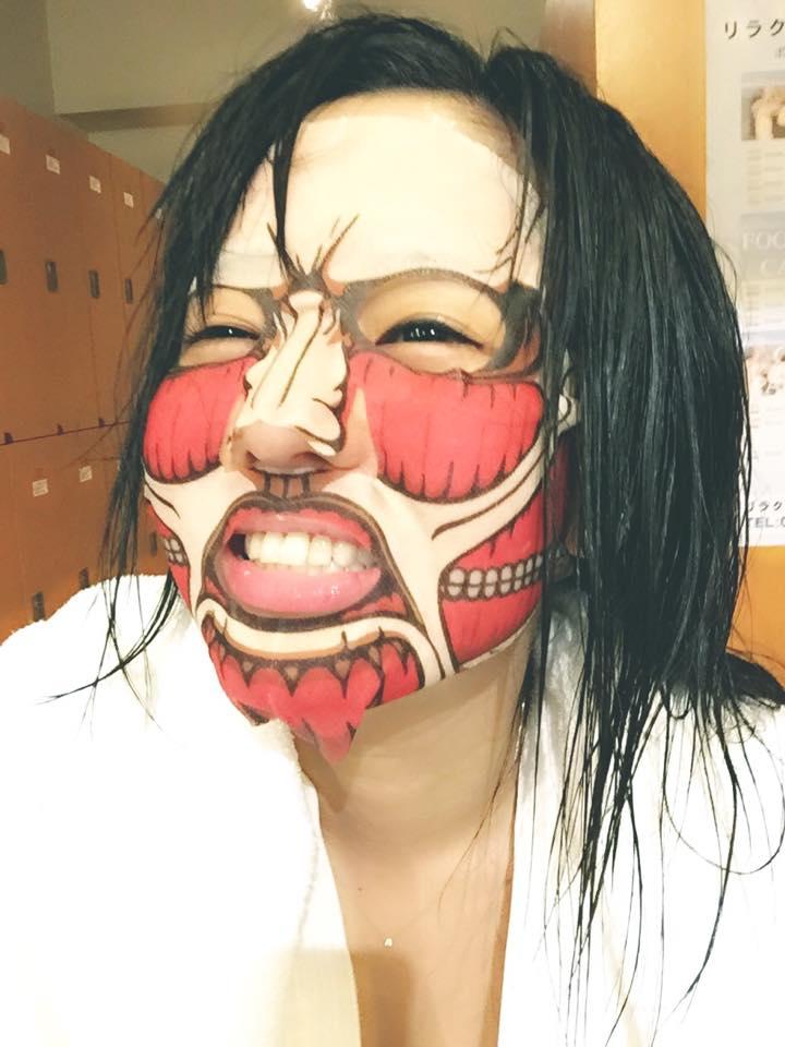 sora-aoi-masque-titan-japon2