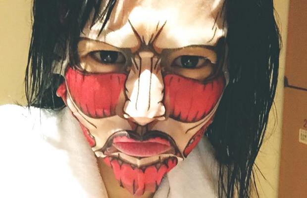 sora-aoi-atatque-des-titans-japon-masque-beauté