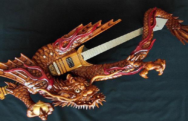 guitare-inami-bois-japon