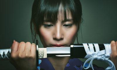 katana-joshi-femmes-japonaises-sabre-mode