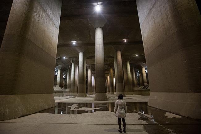 L'infrastructure métropolitaine souterraine d'écoulement des eaux (Saitama)