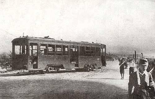 Hiroshima_A-Bomb_Tram_651