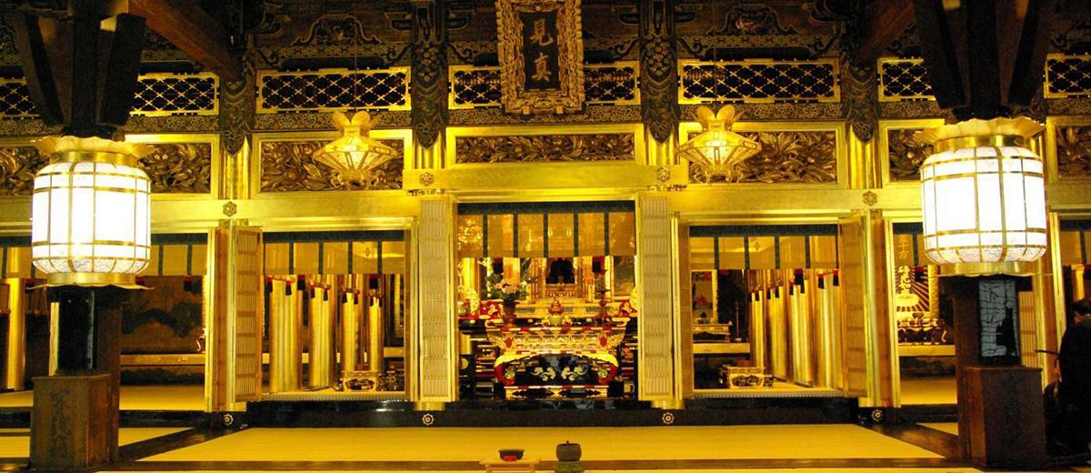 Nishi-Hongan-ji-mariage-japon-temple-unesco