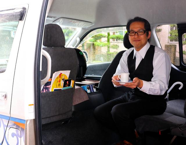 taxi-barista-arita-japon-cafe