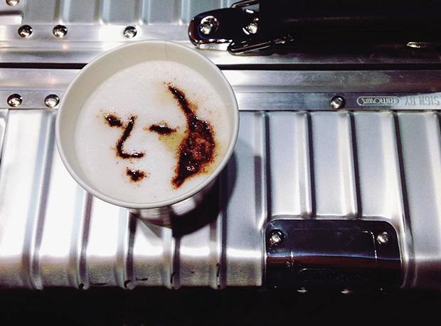 distributeur-latte-art-haneda-Japon-Tokyo-2