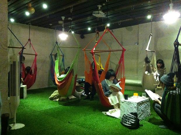 hammock-base-cafe-japon-sapporo