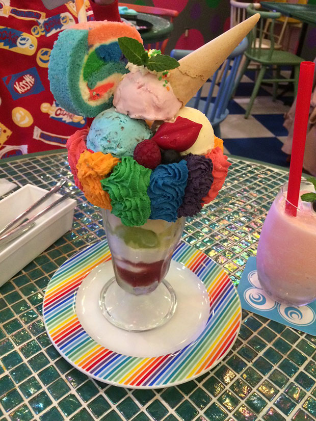 kawaii-monster-cafe-Japon (1)