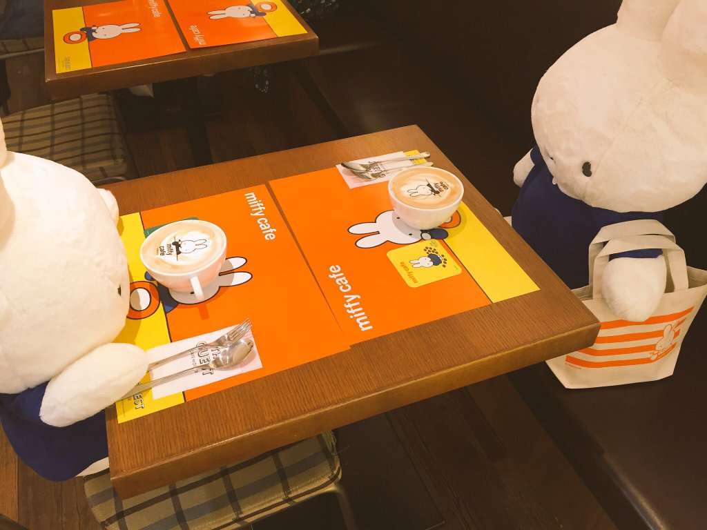 miffy-cafe-lapin-hollande-tokyo (1)