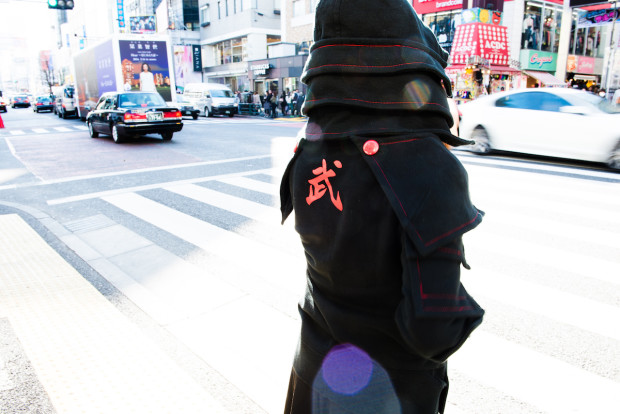 sweat-shirt-samourai-armure-indiegogo (14)