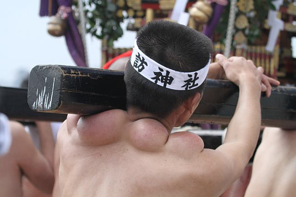 porteurs-mikoshi-matsuri-japon (3)