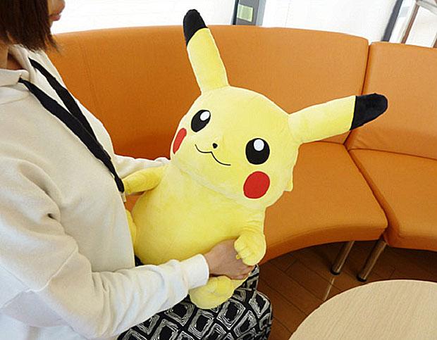 repose-poignet-pikahu-pokemon-bureau (2)