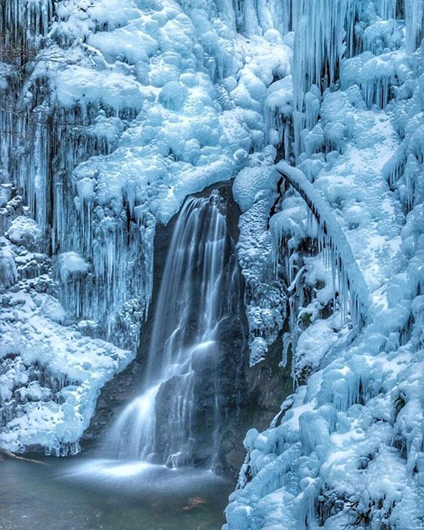 stalactites-Onouchi-Hyakkei-saitama-Japon (6)