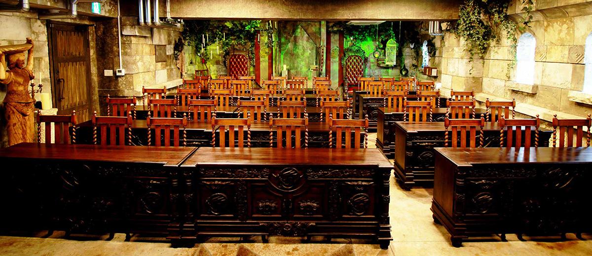 salle-reunion-poudlard-tokyo-harry-potter-alice-aux-pays-des-merveilles-tokyo-japon
